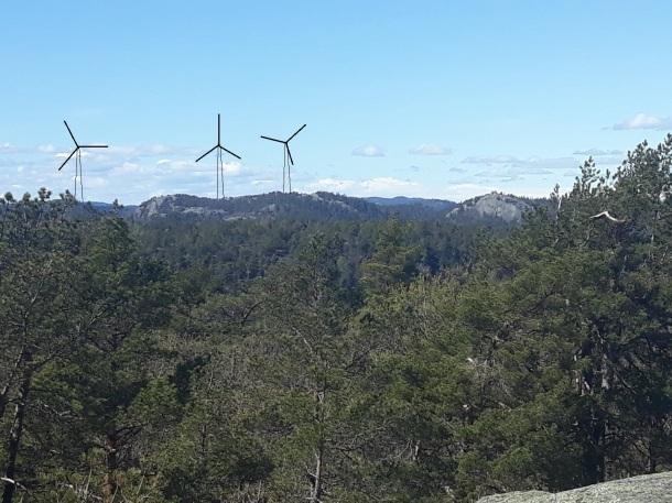 Nordbøknuten med 3 vindmøller sett fra Skifjell