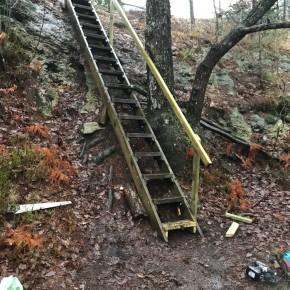 Oppgradering av trappa påKniben
